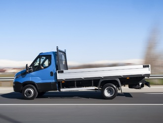 NewDailyCab_Iveco-5