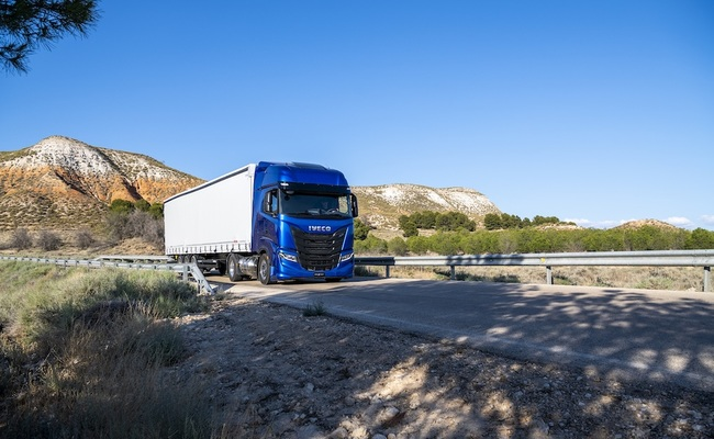 IVECO s-way np nature